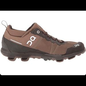 ON CLOUDVENTURE MIDTOP ATHLETIC TRAIL RUNNING SHOE